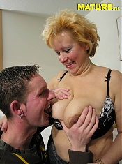 This housewife cant get enough of cock